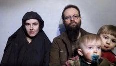 """""""Mia figlia uccisa e mia moglie stuprata"""". Parla l'ostaggio canadese liberato in Pakistan"""